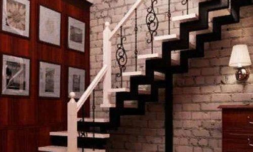 Лестница на второй этаж лофт