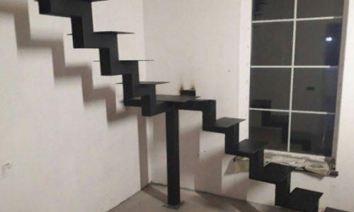 Лестница на монокосоуре усиленная