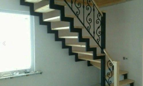 Лестница на второй этаж….